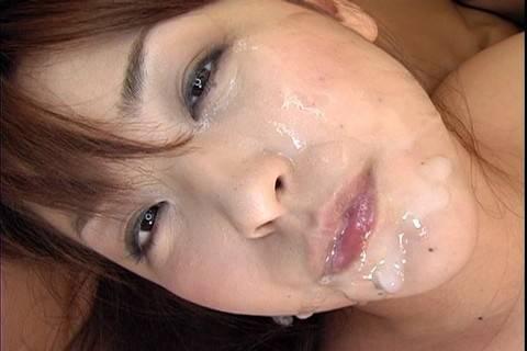 Hot Momo Jyuna gives blowjob and is fucked